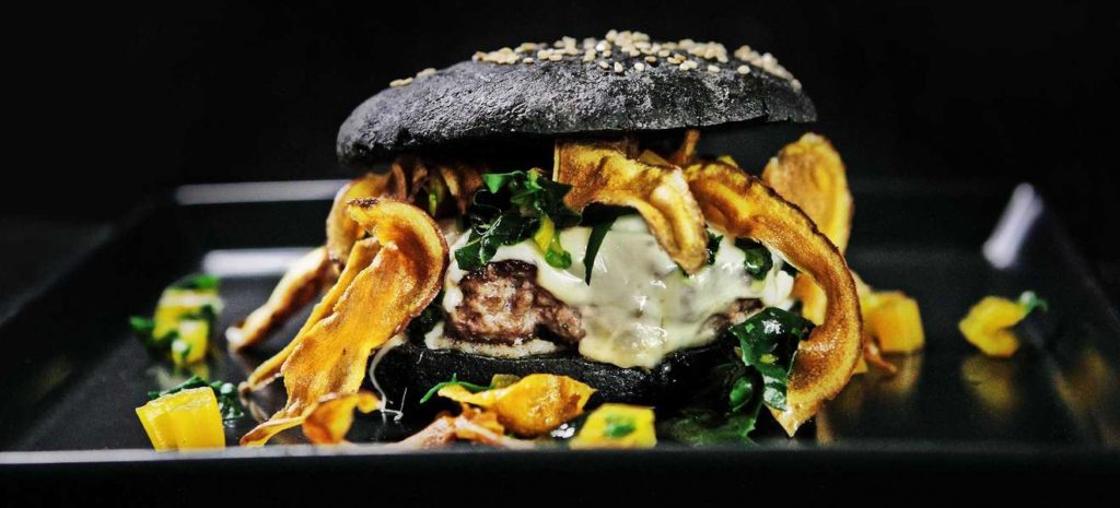 httpswwwfalstaffatrdrblackdoublecheeseburgercsm_01-Black_Double_Cheese-Burger-c-Constantin-Fischer-2640_ecd52186b9